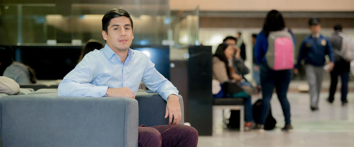 Juan Camilo Gómez recibió el pasado 29 de noviembre la distinción como uno de los mejores puntajes en las pruebas Saber Pro 2016 en el área de Ingeniería.