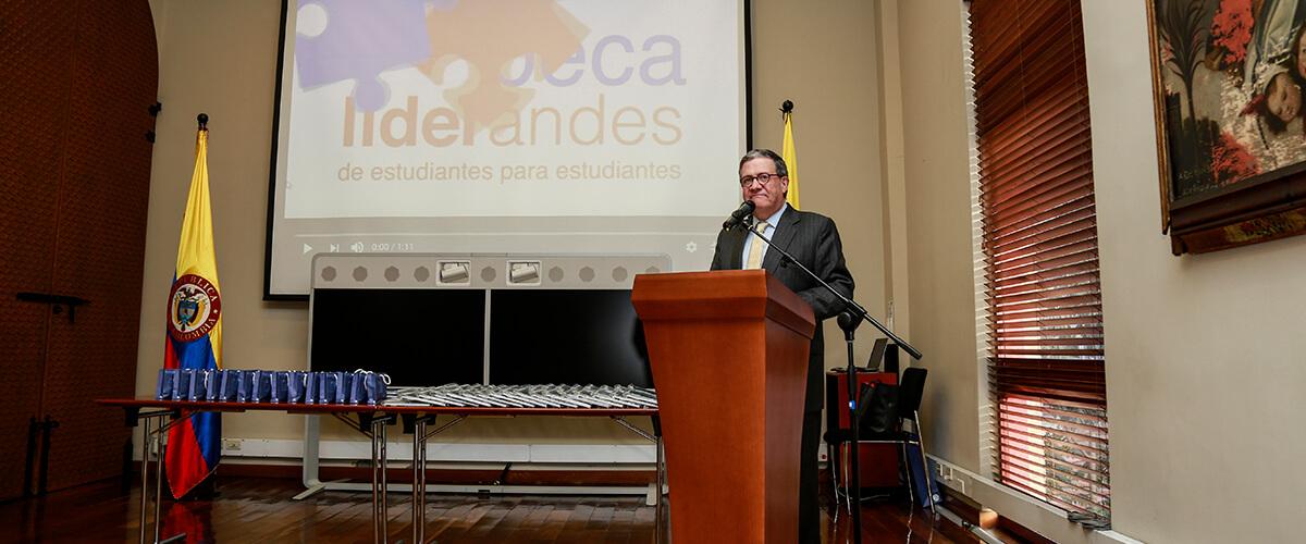 Pablo Navas agradece a los embajadores de LiderAndes